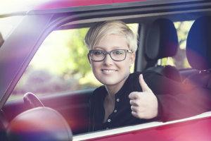 Der Sehtest ist beim Führerschein neben weiteren Nachweisen Pflicht.