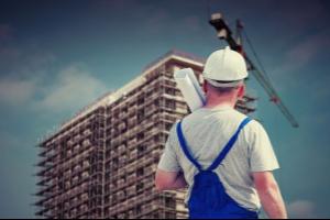 Die Hilfe von einem kompetenten Baugutachter einzuholen ist, vor allem bei alten Gebäuden, immer eine hervorragende Idee.