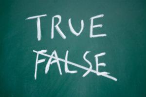 Bewertungsportale, die nur echte Kunden zum Bewerten einladen, minimieren die Gefahr von gefälschten Bewertungen.