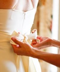 Sich in der mannigfaltigen Welt der Brautmoden zurechtzufinden ist nicht immer leicht.