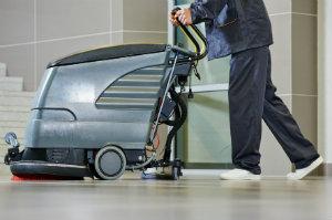 Eine Reinigungsfirma kann Gebäude und Fassaden optimal reinigen.