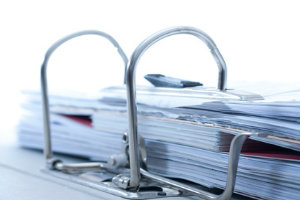 Akten professionell zu vernichten, muss auch im privaten Büro oberste Priorität haben.