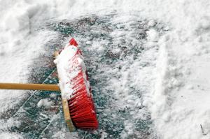 Preise für den Winterdienst lassen sich einschätzen und erleichtern den Vergleich verschiedener Anbieter.