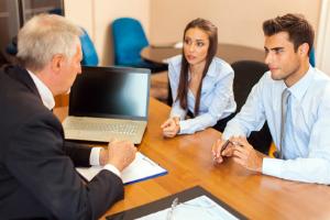 Der Gründungszuschuss kann unter bestimmten Voraussetzungen von der Agentur für Arbeit gewährt werden.