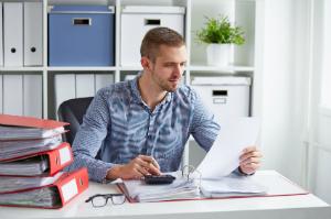 Die Kosten für eine GmbH-Gründung fallen unterschiedlich hoch aus.