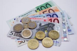 Preise und Kosten für den Hausmeisterdienst im Vorfeld gut durchleuchten und Vergleichsangebote einholen.