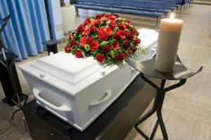 Ein Teil der Trauerfeier-Kosten entsteht durch die Nutzung der Trauerhalle.