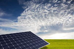 Photovoltaik nutzt die Sonnenenergie, um sie in elektrische Energie zu transformieren.