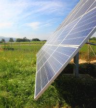 Die nachgeführte Solaranlage bietet Betreibern große Ertragsvorteile.