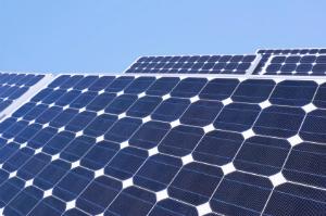 Photovoltaik wandelt Lichtenergie in Strom um.