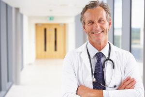 Ein Steuerberater ist für Ärzte mit eigener Praxis besonders wichtig.