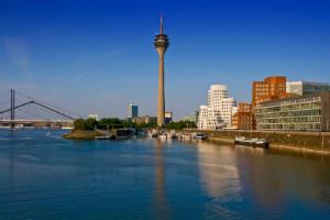 Bei einer Vermögensverwaltung in Düsseldorf erhalten Kunden unabhängige Beratung.