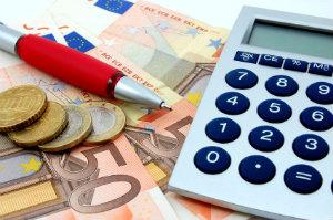 Bevor man zu viel Zeit mit dem Eintreiben von Schulden verliert, sollte man lieber ein professionelles Inkassounternehmen damit beauftragen.