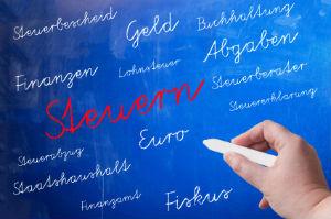 Gestaltende Steuerberatung bezieht wichtige finanzielle Entwicklungen mit ein.