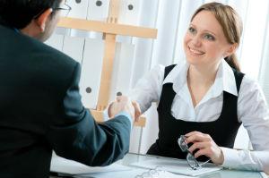 Mit einer Steuerberatungsgesellschaft sind vor allem größere Unternehmen gut beraten.