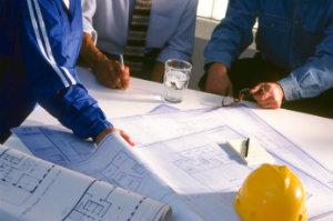 Wenn ein Baugutachter Aufgaben um das Objekt herum übernimmt, gelingen sowohl Bau als auch Renovierung erheblich besser.
