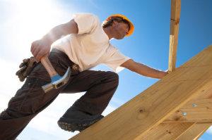 Mit der Flachdachaufstockung lässt sich günstig und effizient zusätzlicher Wohnraum gewinnen.