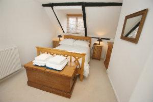 dachausbau ideen zum wohnen und sparen bewertet de. Black Bedroom Furniture Sets. Home Design Ideas