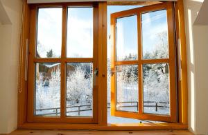 Holzfenster sorgen für angenehmes Raumklima.