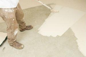 Als Hauseigentümer: Die Kellerrenovierung nicht außer Acht lassen.