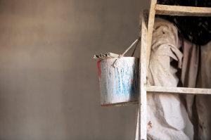 Dekorative Maltechniken sind kreative und optisch ansprechende Alternativen zur herkömmlichen Wandgestaltung.