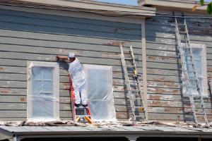Sanierungsarbeiten sollen unbedingt durch fachkundiges Personal erfolgen.