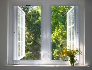 Sie wollen ein Fenster kaufen? Erhalten Sie praktische Tipps und Tricks .