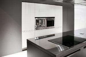 edelstahlk chen hier kostenlos angebote erhalten bewertet de. Black Bedroom Furniture Sets. Home Design Ideas