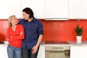Wenn es darum geht, eine Küche preiswert zu kaufen, sind professionelle Fachgeschäfte die richtigen Ansprechpartner.