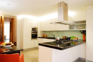 küchenarten – vor- und nachteile im Überblick - bewertet.de, Kuchen dekoo