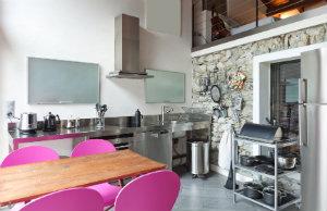 Immer häufiger entschließen Haushalte sich dazu eine Modulküche zu kaufen, um flexibel zu sein.