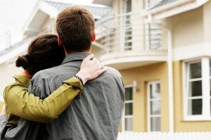 Ein Haus über einen etablierten Makler zu verkaufen, ist eine gute Idee.