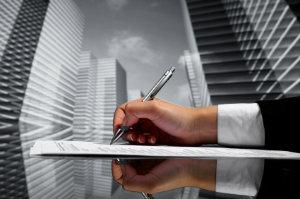 Wenn es darum geht, Anlageimmobilien zu kaufen oder veräußern, ist der Investmentmakler der richtige Ansprechpartner.