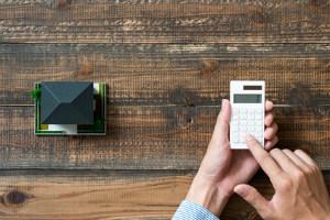 Beim Immobilienverkauf von Privat müssen sich Verkäufer vorab gut informieren
