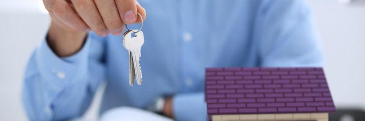 Makler sind professionelle Immobilienanbieter, die gut vernetzt sind.
