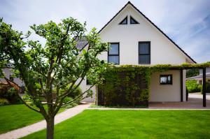 Ist während der Scheidung ein Hausverkauf sinnvoll? Ein erfahrener Immobilienmakler weiß die Antwort.