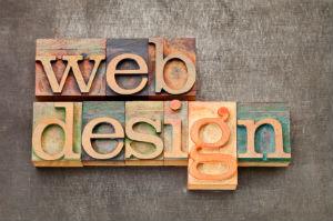 Abrechnung nach Stundensatz: Webdesign kostet üblicherweise zwischen 50 und 150 Euro.