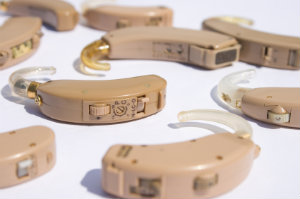 Die besten Hörgeräte: Auch Kassenhörgeräte sind nicht zu unterschätzen.