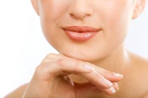 Die weiblichen Lippen können vergrößert, aufgepolstert, verkleinert oder gestrafft werden.