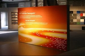 Das von Schüttenberg Professional Imaging angefertigte Messematerial ist ein richtiger Blickfang.