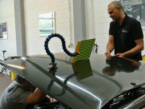 Car Clean Colonia bietet Beulenbehandlung für jedes Modell.