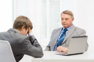 Erhält ein Angestellter die Kündigung durch den Arbeitgeber, greift unter Umständen der Kündigungssschutz.