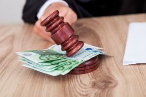 Die Lohnklage kann beim Arbeitsgericht eingereicht werden.