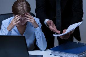 Mobbing durch Vorgesetzte gehört zu den unangenehmsten Mobbingarten und sollte schon im Ansatz unterbunden werden.