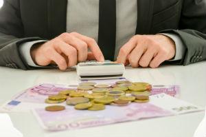 Die staatliche Gebührenverordnung: Rechtsanwälte berechnen ihre Kosten nach komplizierten Vorgaben.