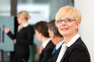 Ist ein Rechtsanwalt gefragt, gilt es die Suche gründlich zu planen und bestimmte Kriterien zu beachten.