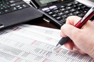 Mit einem Steuerberater für den Einzelhandel gelingt auch der Jahresabschluss.