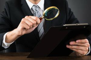 Die Suche nach einem Steuerberater gestaltet sich oft langwierig. Mit diesen Tipps geht das Ganze schneller von der Hand.