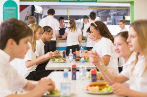Betriebscatering meint die Speisenversorgung von Schulen, Kitas, Kantinen und Mensen.