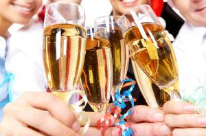 Das Veranstalten von Betriebsfeiern gehört inzwischen zu jedem erfolgreichen Unternehmen.